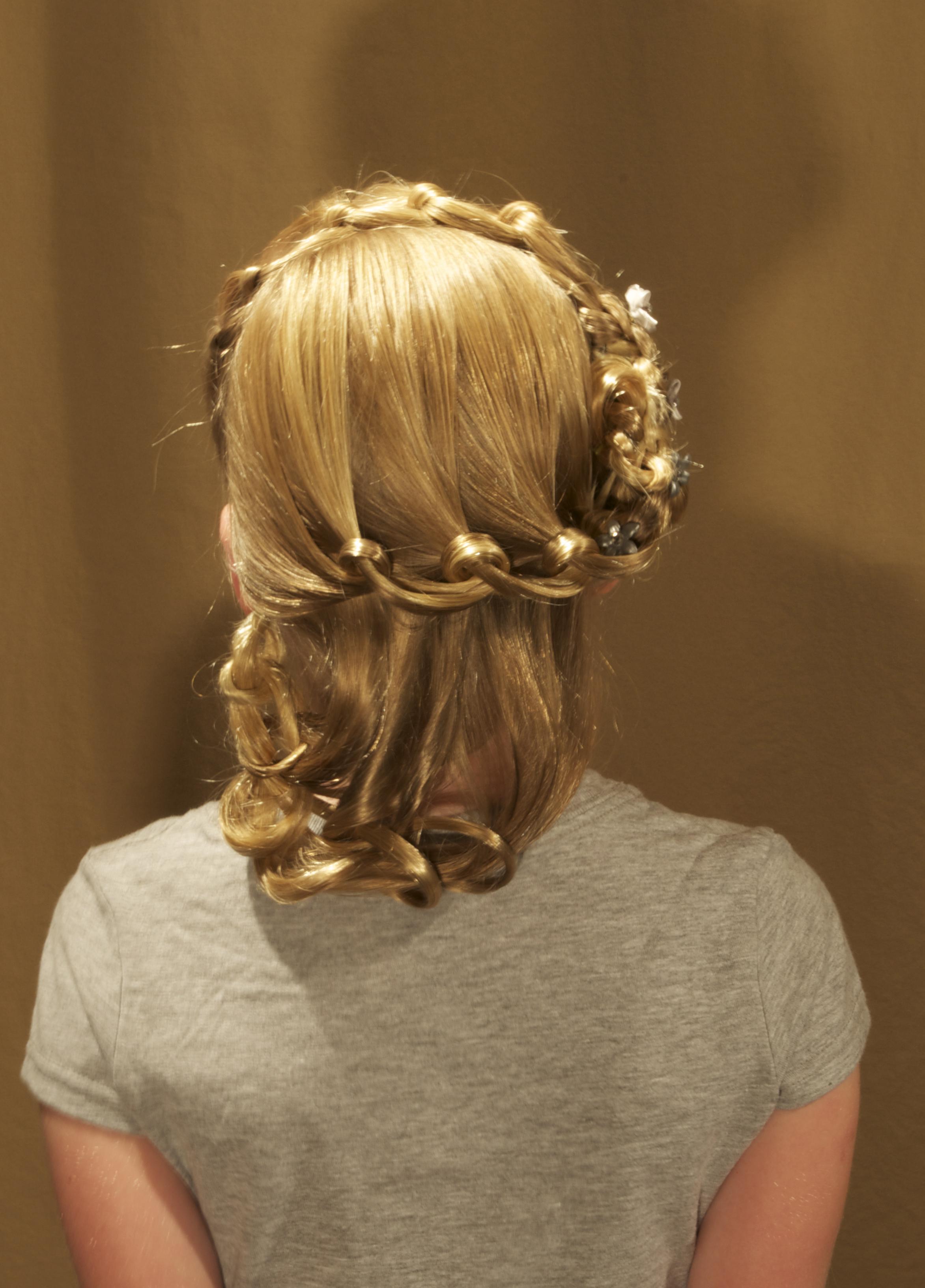 2-strand, knot, lace, headband, leafing