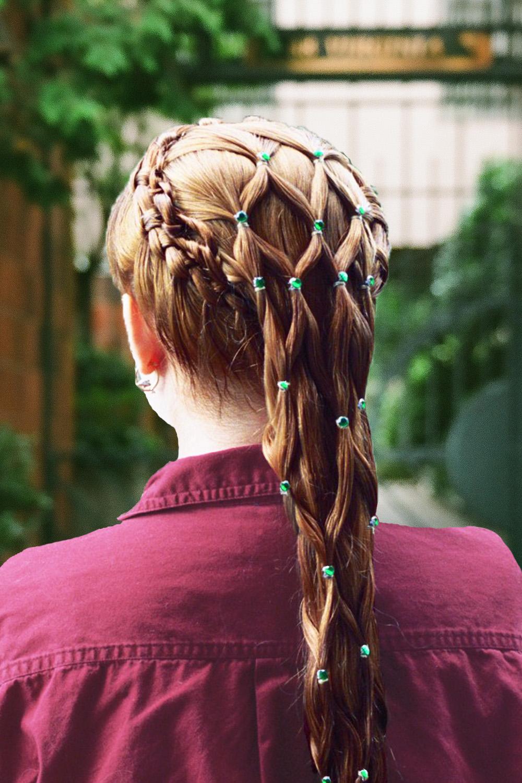 2-strand, knot, lace, circle, cascade, headress